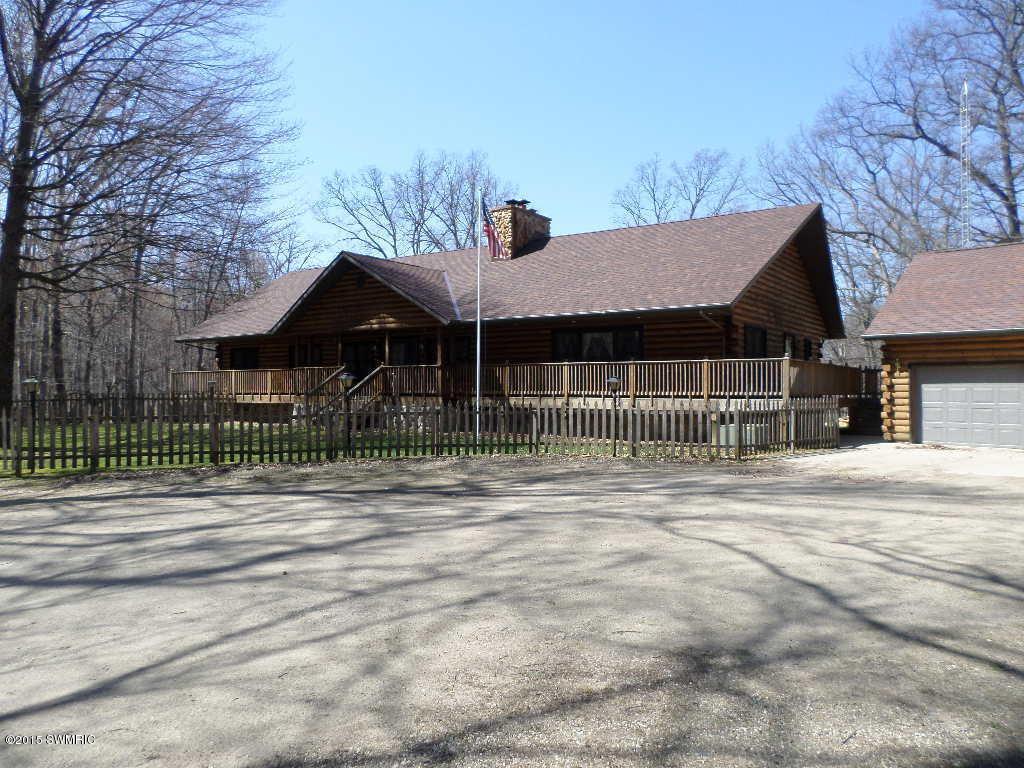 Real Estate for Sale, ListingId: 32353856, Edwardsburg,MI49112