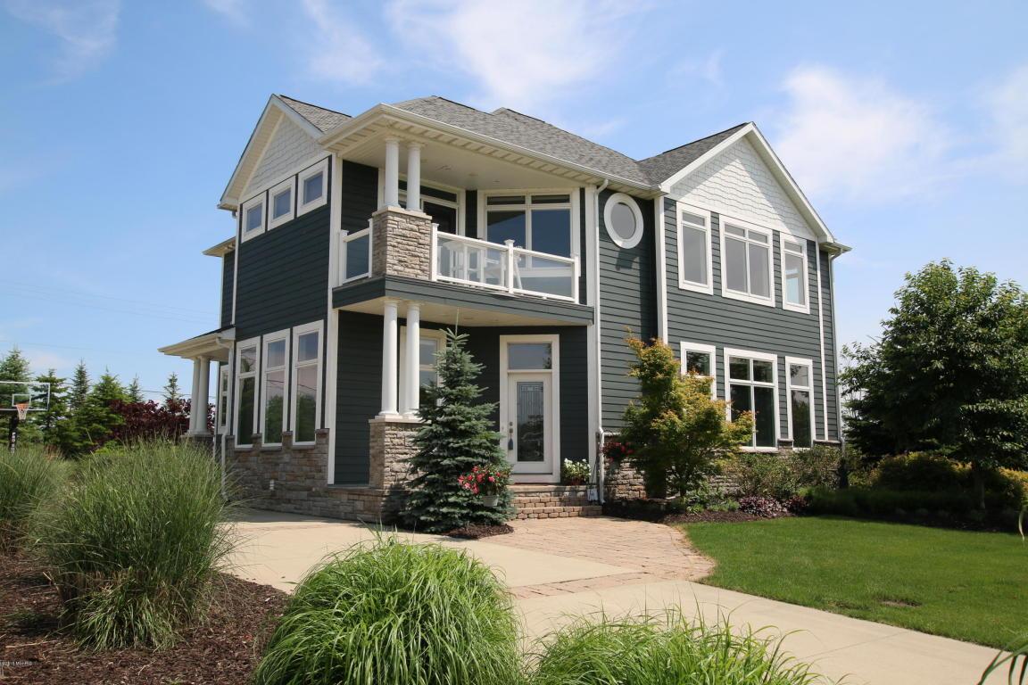 Real Estate for Sale, ListingId: 32553796, South Haven,MI49090