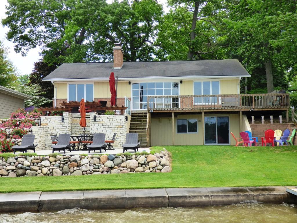 Real Estate for Sale, ListingId: 33795157, Dowagiac,MI49047