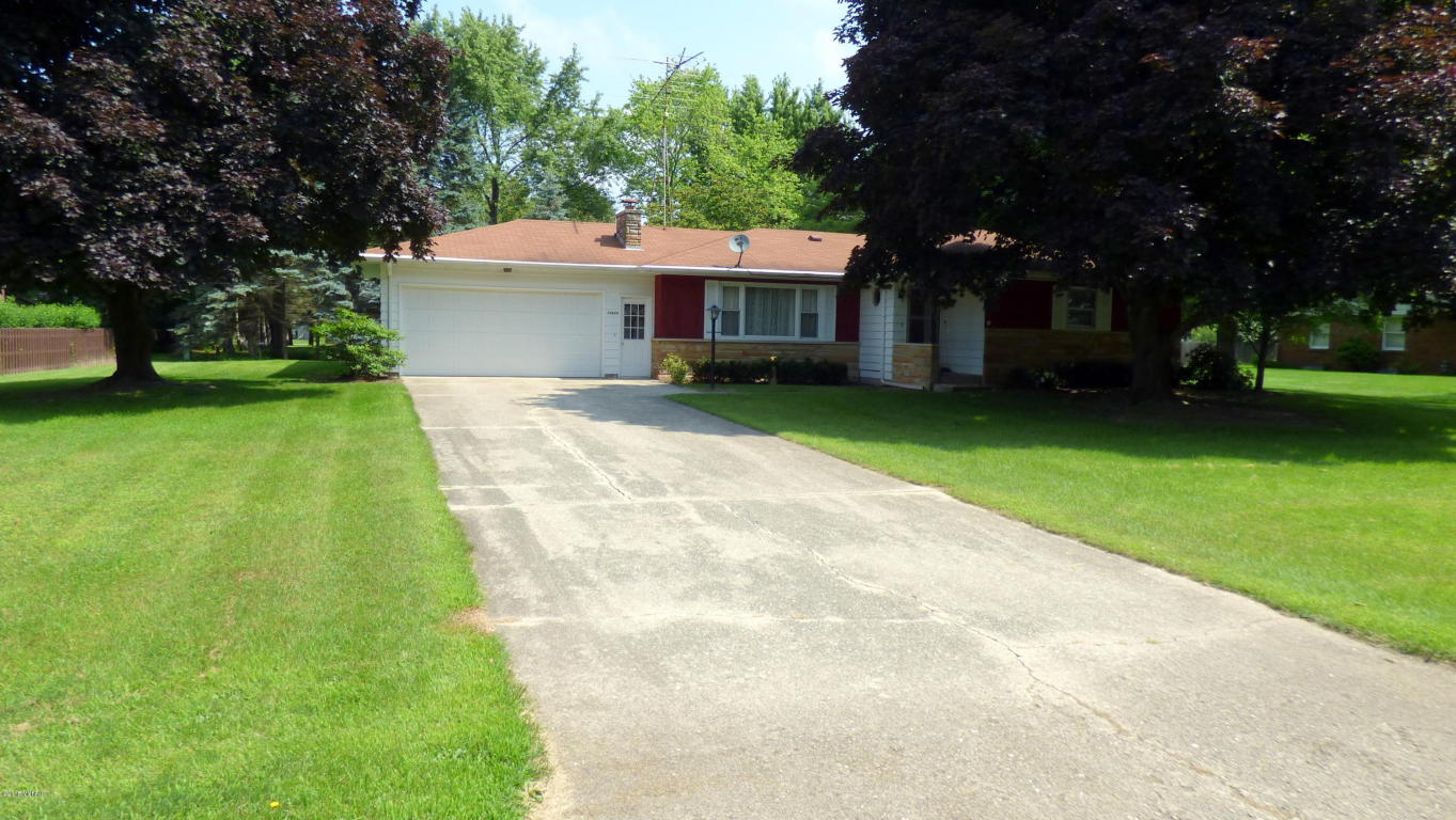 28684 Maple Ter, Dowagiac, MI 49047