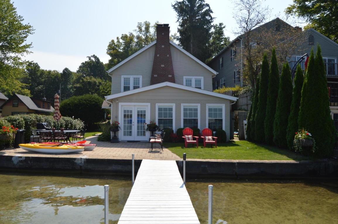 Real Estate for Sale, ListingId: 35588245, Cassopolis,MI49031