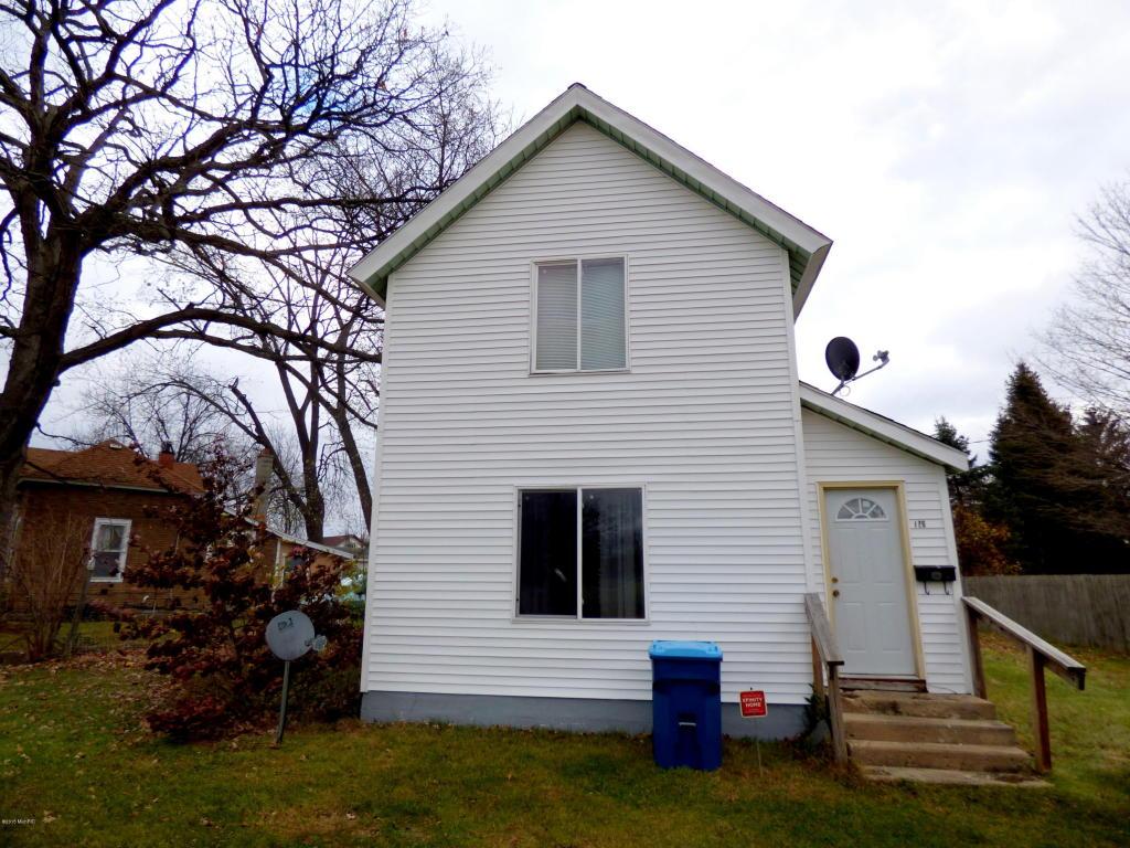 126 N Mill St, Dowagiac, MI 49047