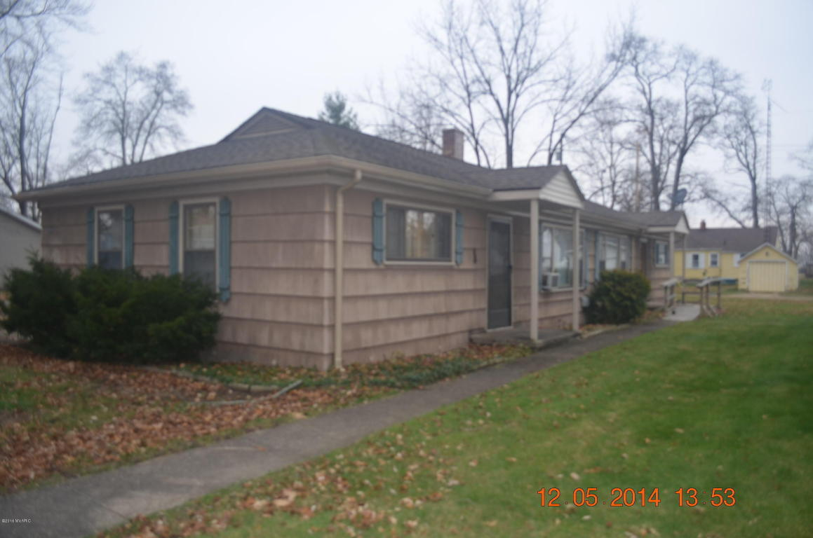 Rental Homes for Rent, ListingId:37041380, location: 111 1/2 Bradley Street Dowagiac 49047