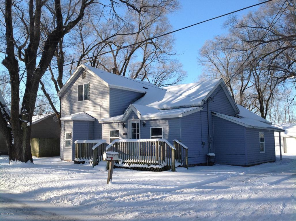 Photo of 206 Pleasant Street  Hartford  MI