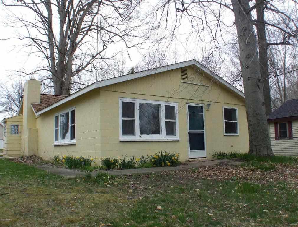 Photo of 65814 Park Avenue  Bangor  MI