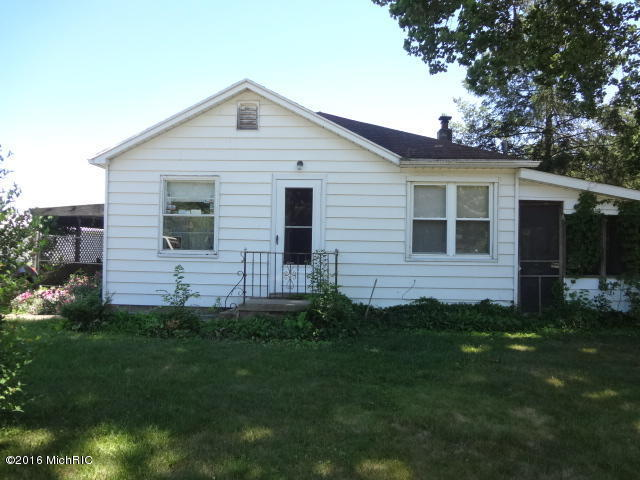 Photo of 202 N Second Street  Cassopolis  MI