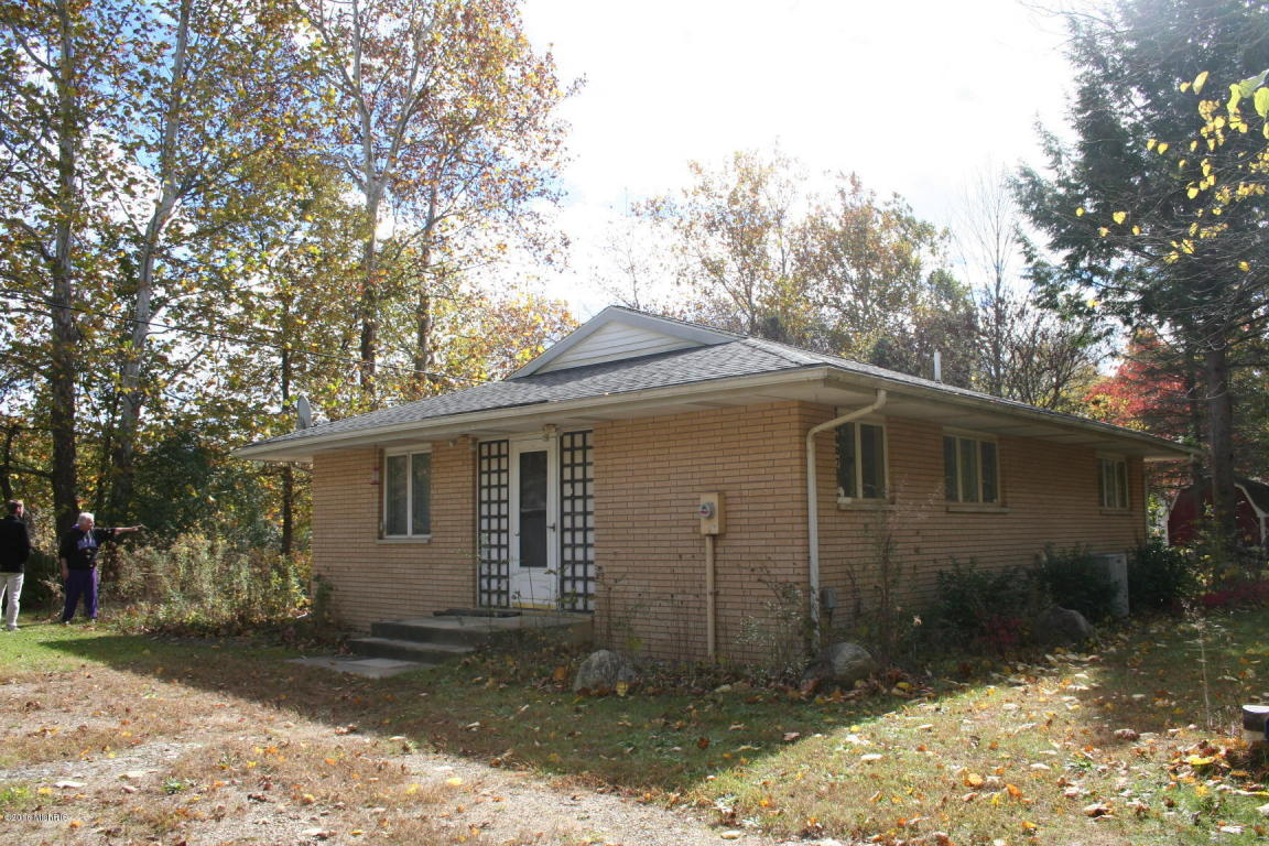 Photo of 14807 Moccasin Trail  Buchanan  MI