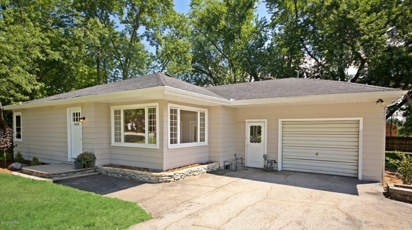 Photo of 5643 Fairview Street  Stevensville  MI