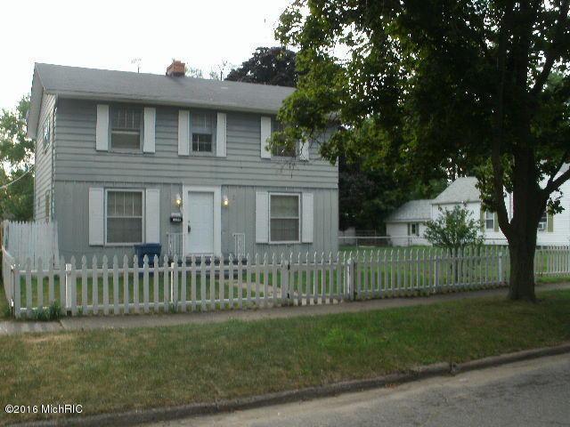 Photo of 1174 Monroe Street  Benton Harbor  MI