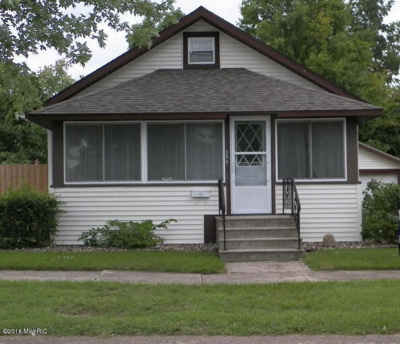 304 1st Ave, Dowagiac, MI 49047