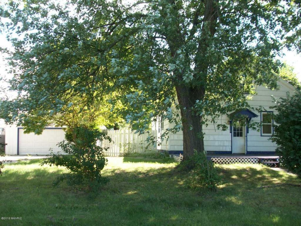 Photo of 1351 St James Street  Benton Harbor  MI