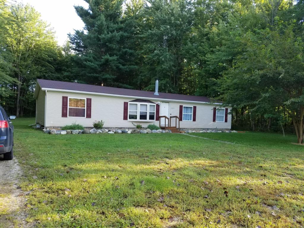 Photo of 7421 Little Paw Paw Lake Road  Coloma  MI