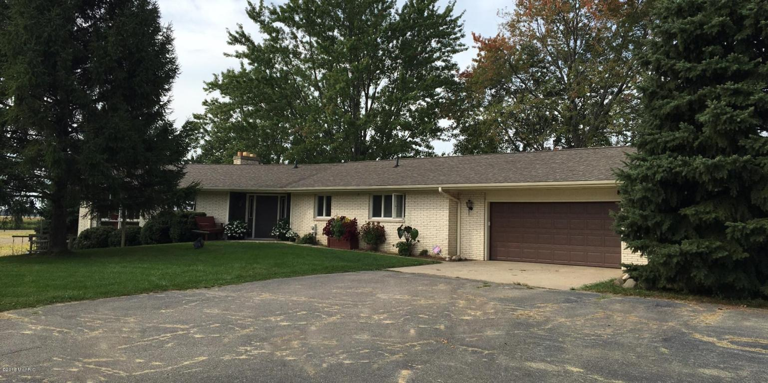 Photo of 16790 S FLYNN Road  Three Oaks  MI