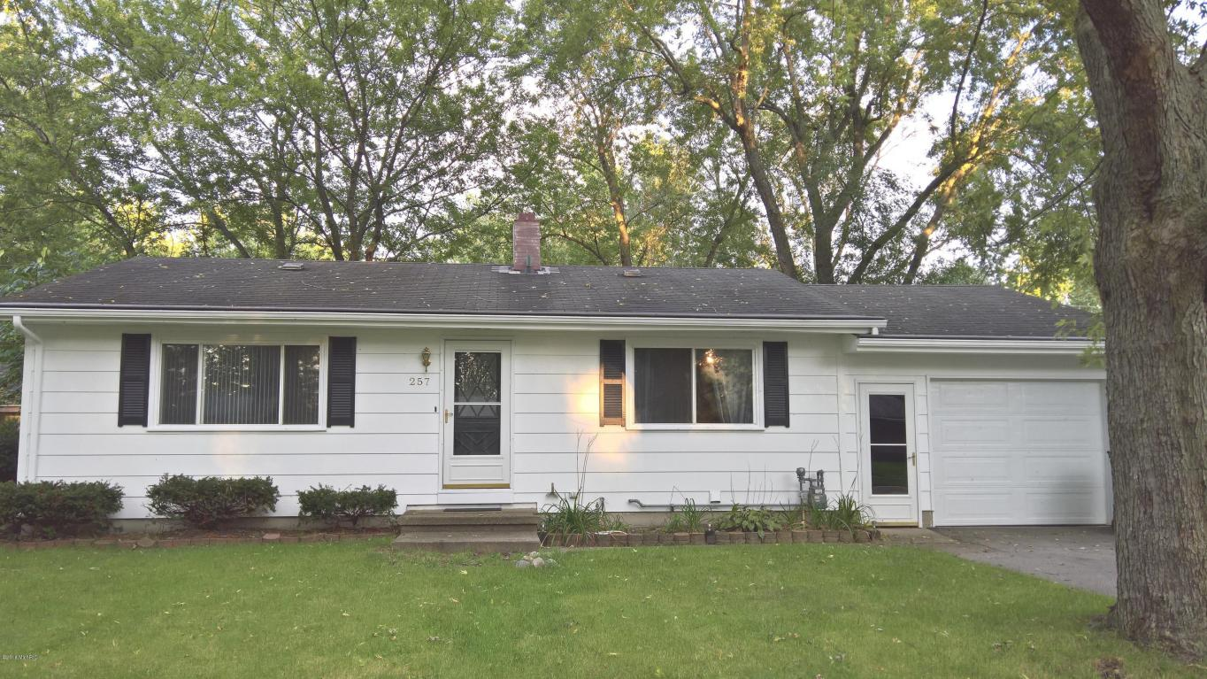 Photo of 257 Apple Street  Coloma  MI