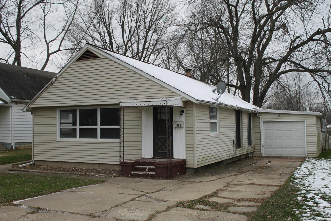 Photo of 411 Hickory Street  Three Oaks  MI