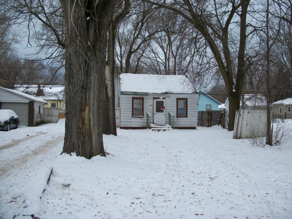 Photo of 1262 Union St  Benton Harbor  MI
