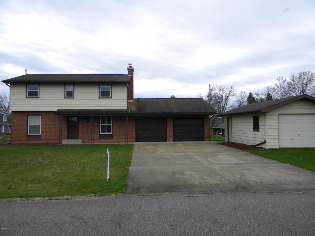 Photo of 23219 N Park Street  Edwardsburg  MI