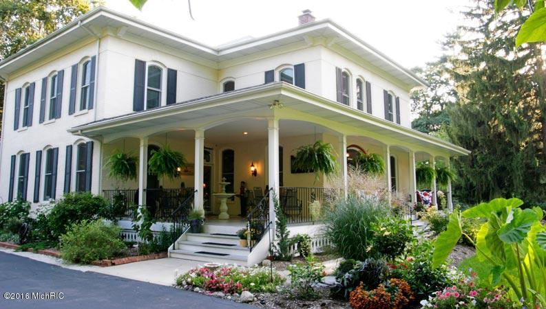 Single Family Residence, Victorian - South Haven, MI (photo 2)