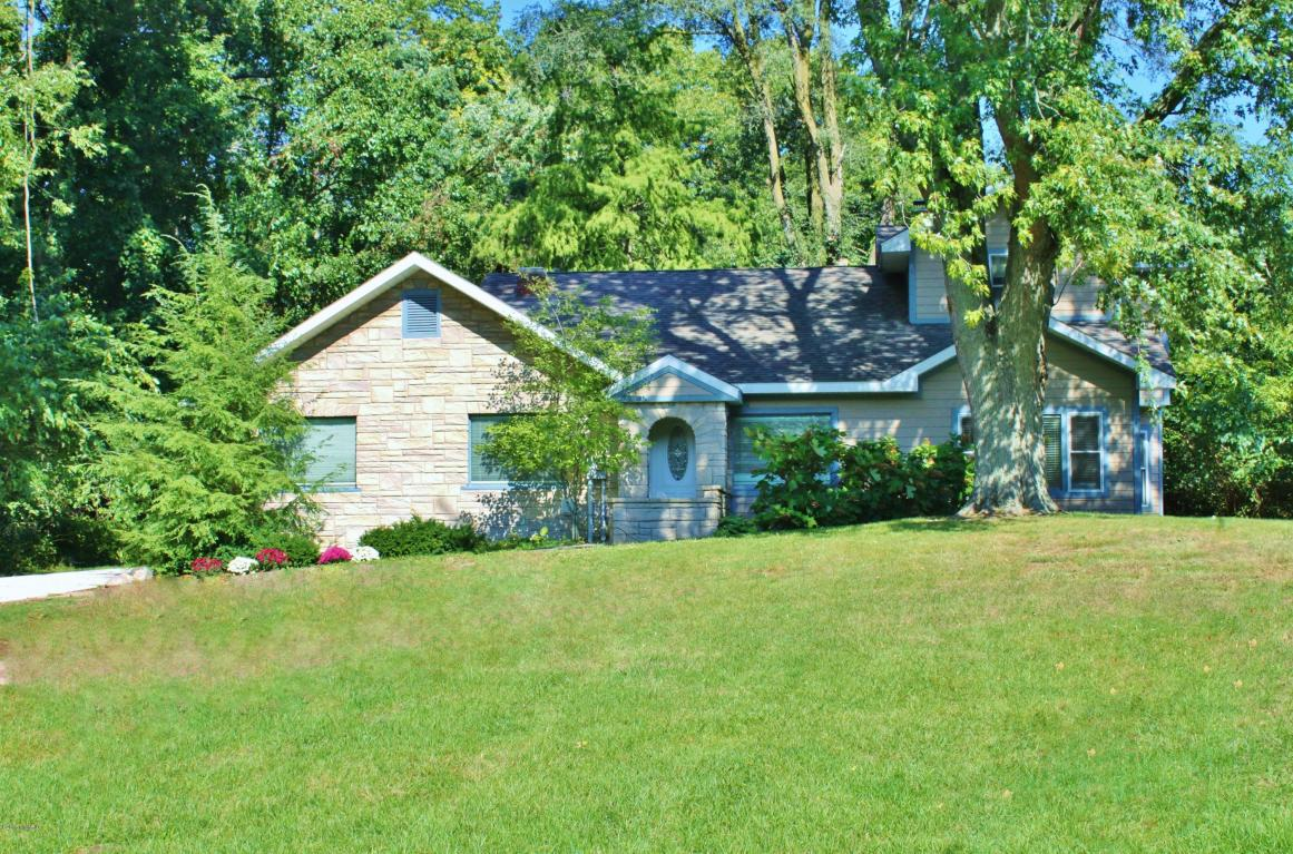 Photo of 2865 W Glenlord Road  Stevensville  MI