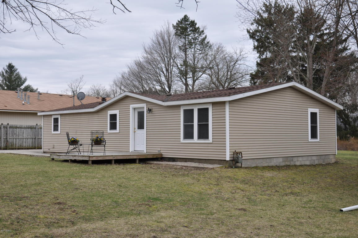 Photo of 4500 Wil-O-Paw Drive  Coloma  MI