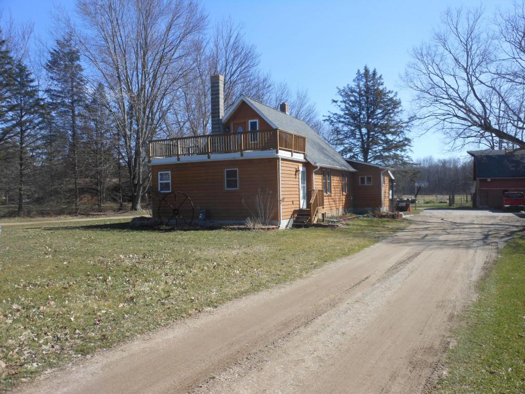 Photo of 10465 Range Line Road  Berrien Springs  MI