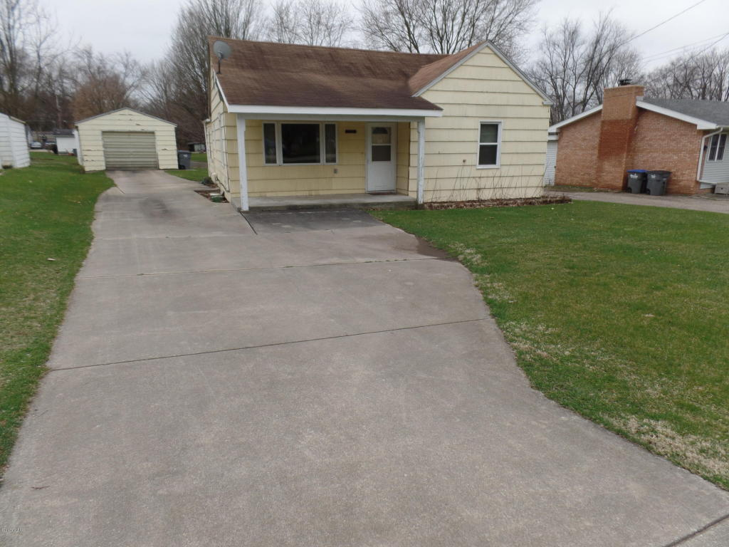 Photo of 26915 Barber Street  Edwardsburg  MI