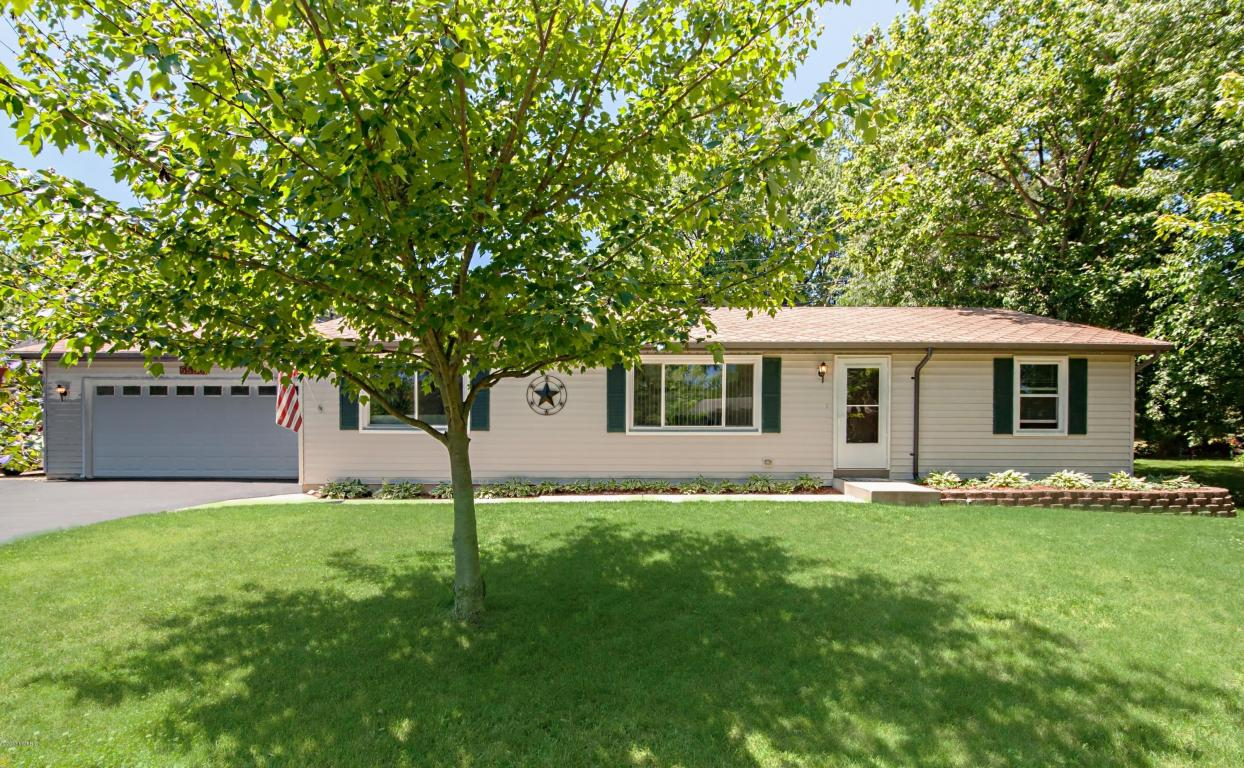 Photo of 5586 W Karen Court  Stevensville  MI