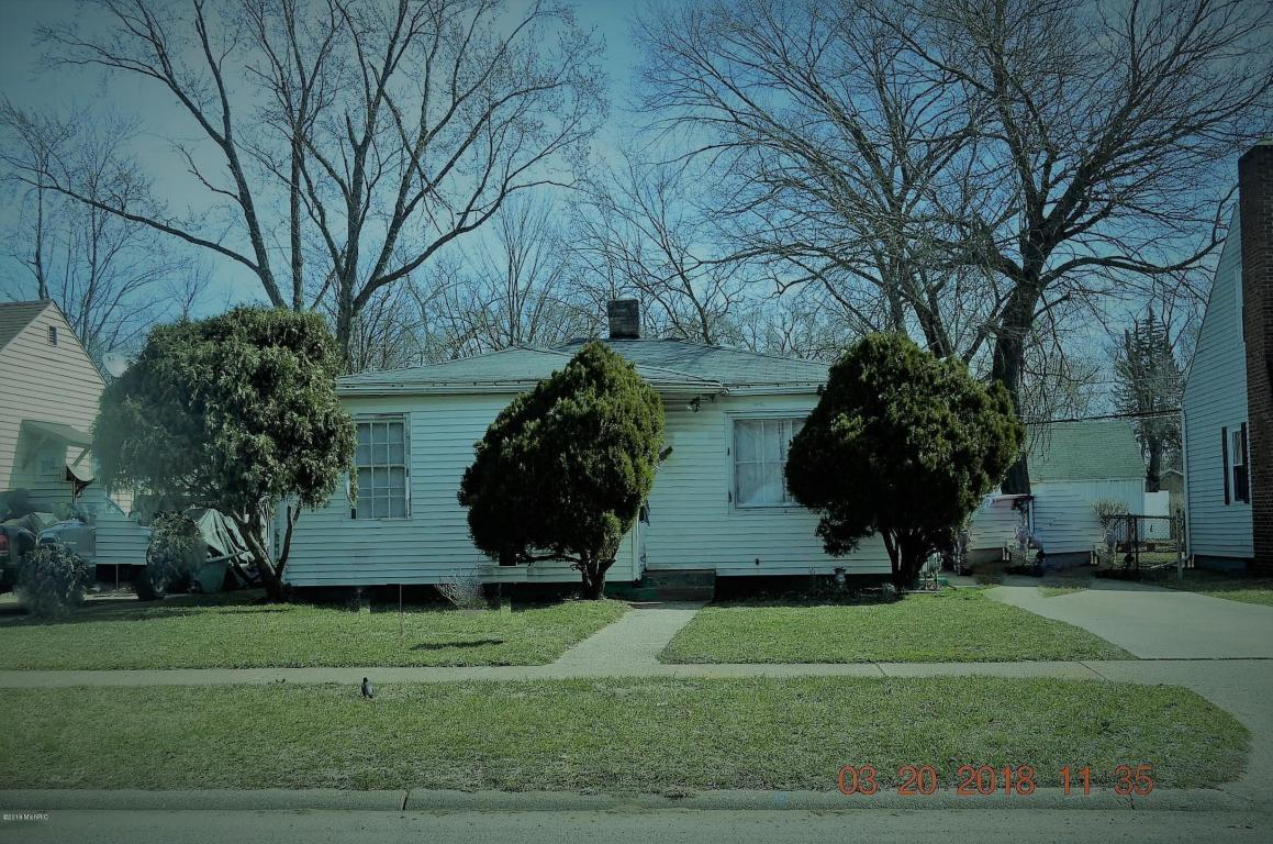 Photo of 1377 Bishop Street  Benton Harbor  MI