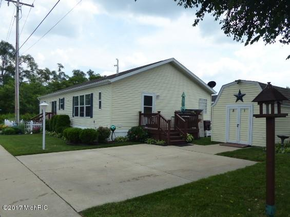 Photo of 69205 Garver Lake Road  Edwardsburg  MI