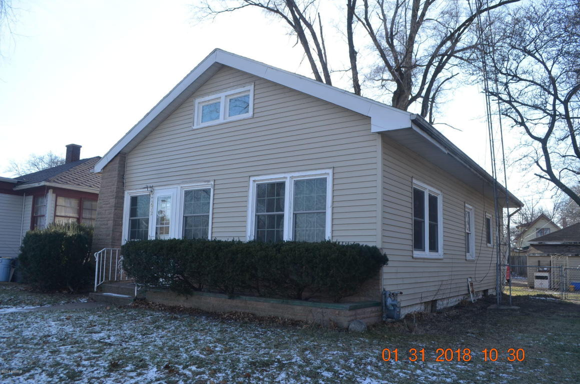 Photo of 272 W Empire  Benton Harbor  MI
