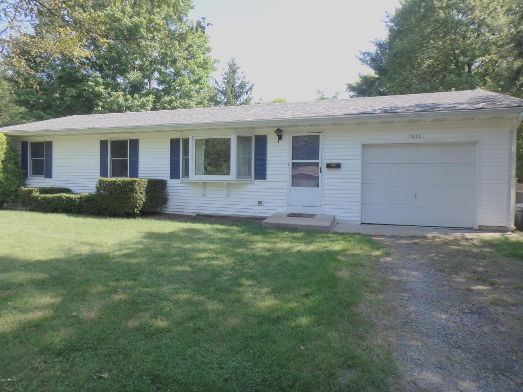 Photo of 70137 Maple Drive  Edwardsburg  MI