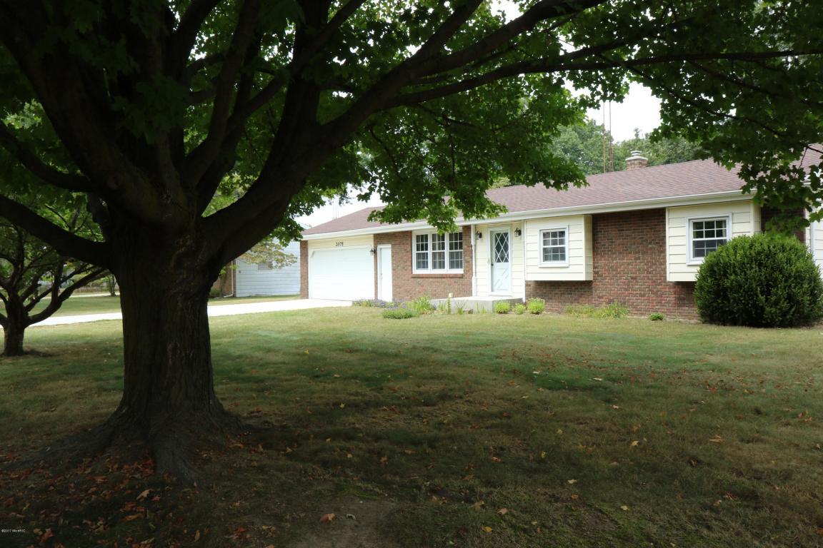 Photo of 2075 Oak Lawn Drive  Stevensville  MI