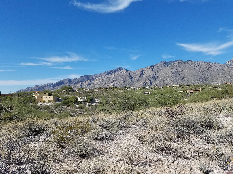 5590 E Cimarron Vista, one of homes for sale in Tucson North