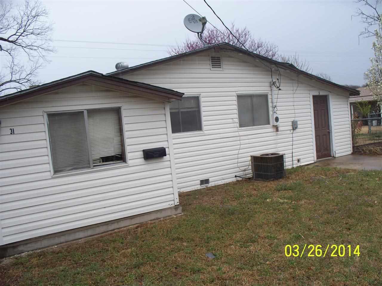 31 Jolene Reid Rd, Mead, OK 73449