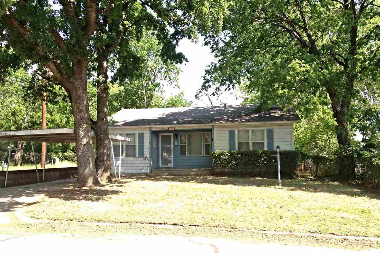 412 W Willow St, Durant, OK 74701