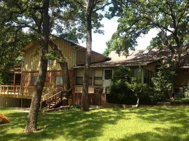355 N Sand Point Rd, Mead, OK 73449
