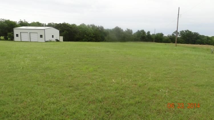0.8 acres by Kingston, Oklahoma for sale