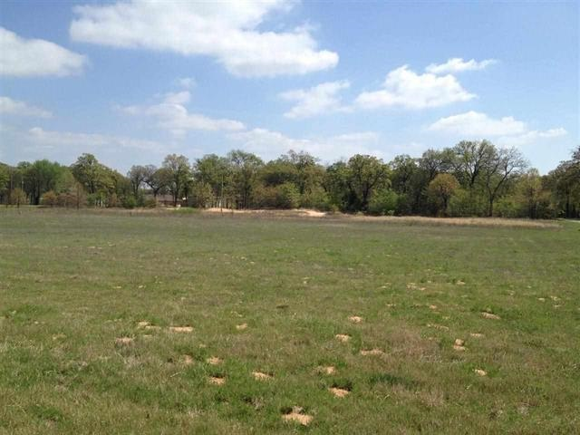 1.56 acres by Kingston, Oklahoma for sale