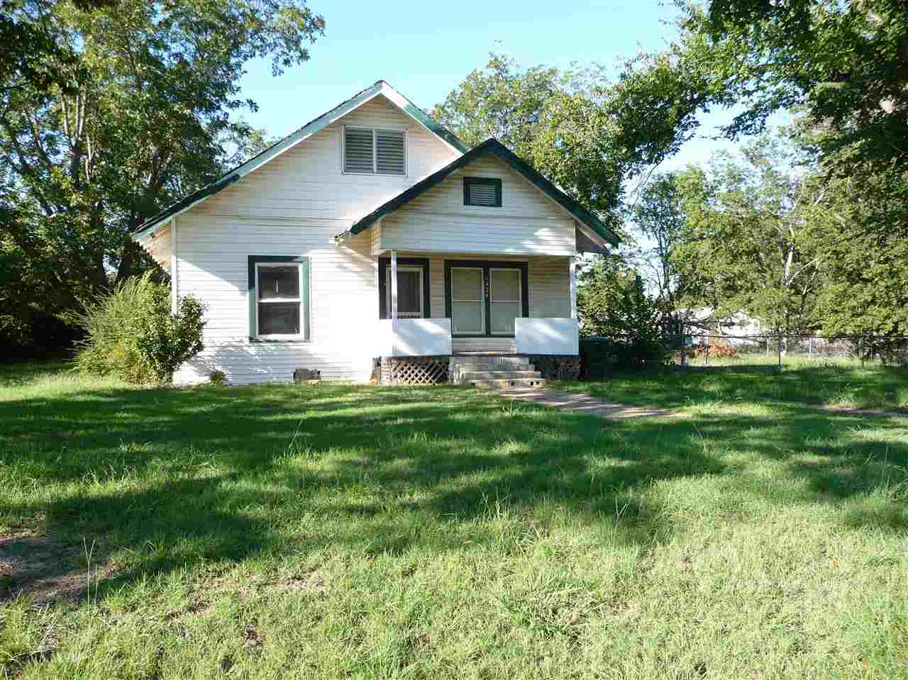 1424 W Mulberry St, Durant, OK 74701