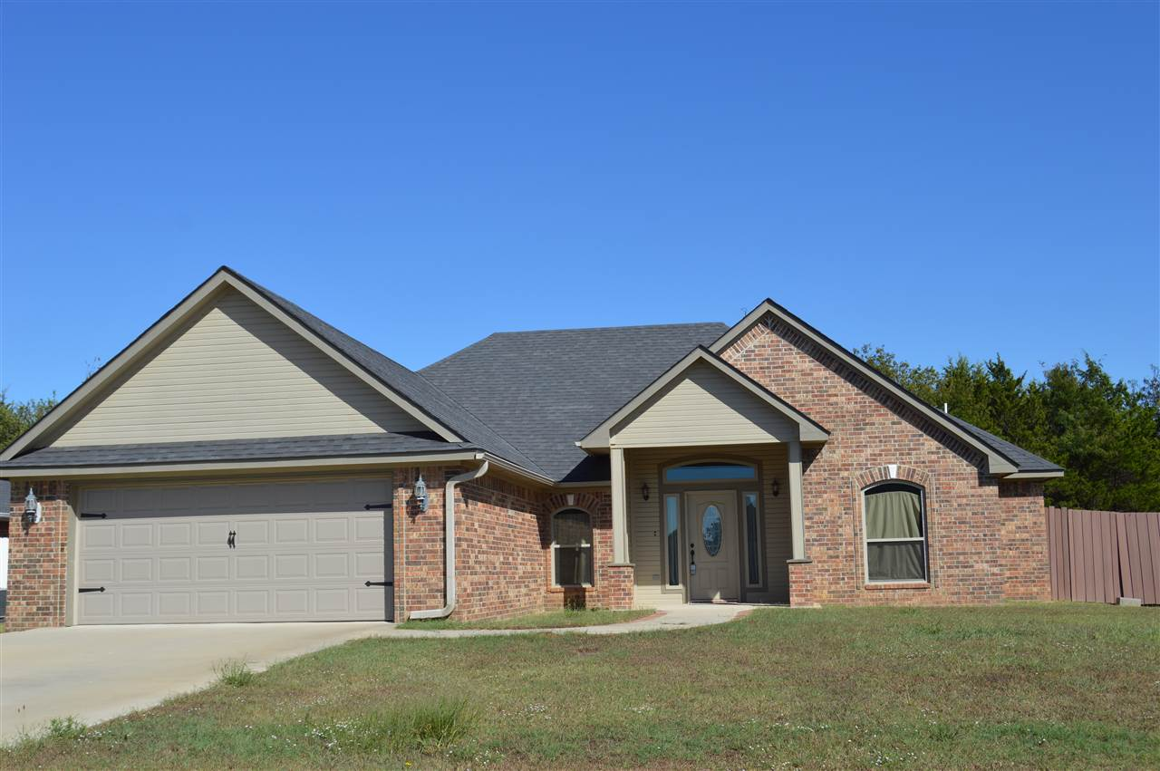 2516 Stage Coach Ave, Durant, OK 74701