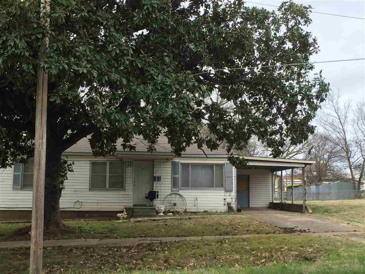 Photo of 220 SE 3rd  Durant  OK
