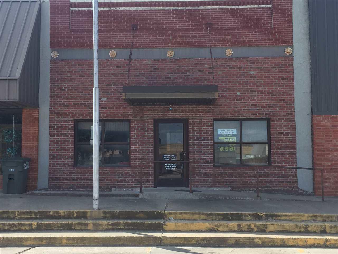 105 Plaza, Madill, OK 73446