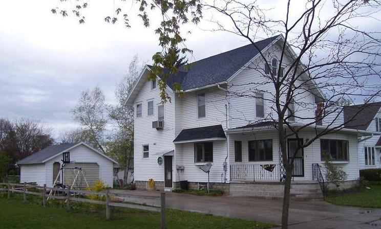 Photo of 605 State Street  Dysart  IA