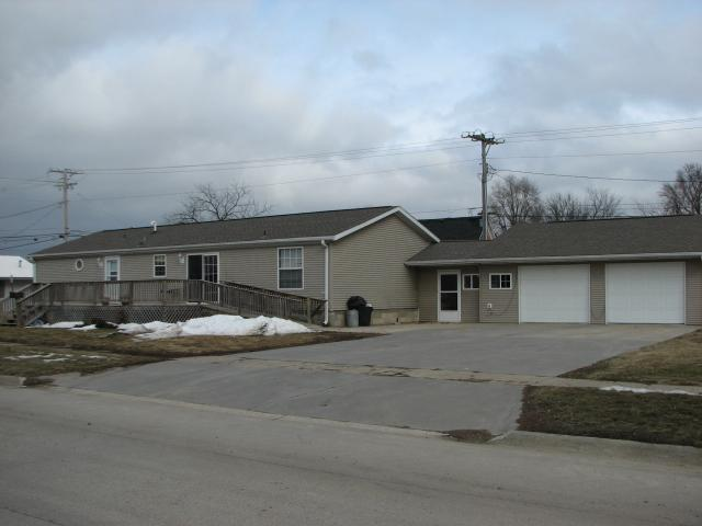 201 East 3rd St, Tama, IA 52339 listhub For Sale