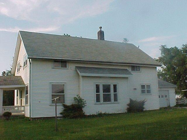 Image of Residential for Sale near Toledo, Iowa, in Tama county: 8.78 acres