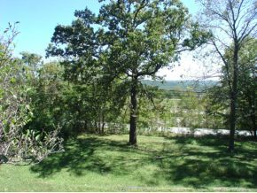 5.5 acres in Springfield, Missouri
