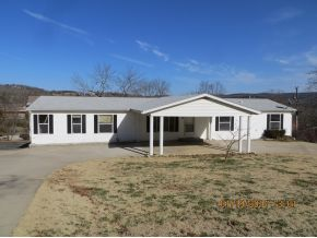 17 Beach Blvd, Kimberling City, MO 65686