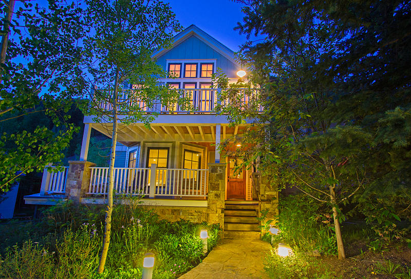 primary photo for 557 W GALENA Avenue, Telluride, CO 81435, US