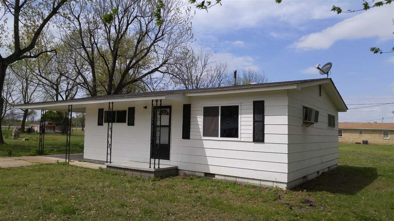 Photo of 336 Circle Drive  Neelyville  MO