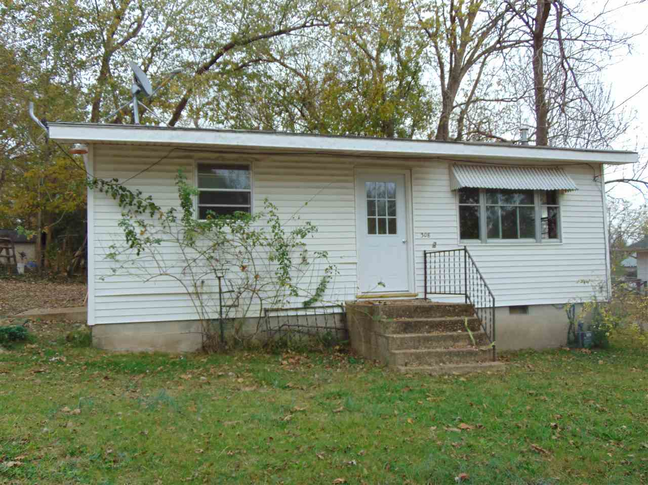 Photo of 308 2nd Street  Doniphan  MO